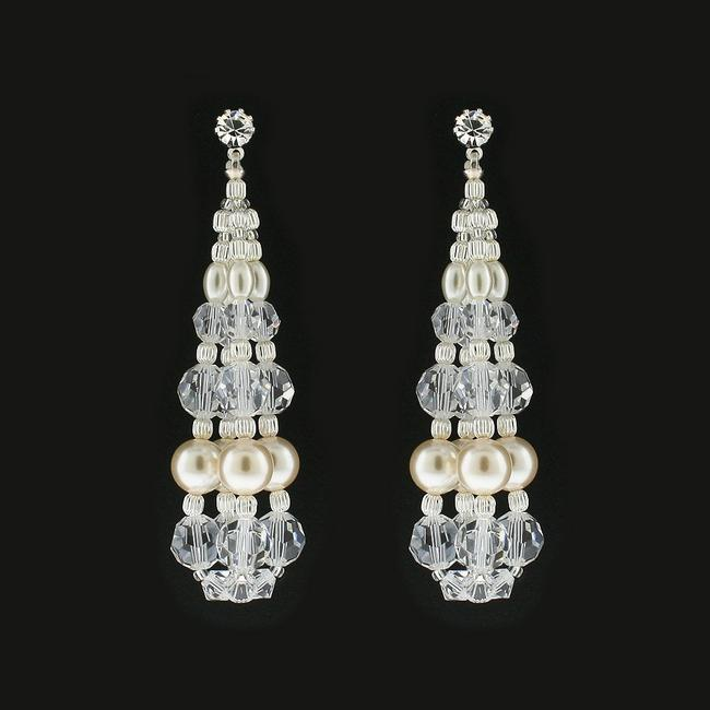 Item - Pearls: Cream/Crystals: Clear Swarovski Bauble Rs130e (E33) Earrings