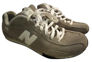 New Balance gray & white Athletic