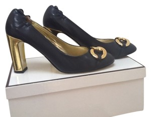 Juicy Couture Navy Pumps