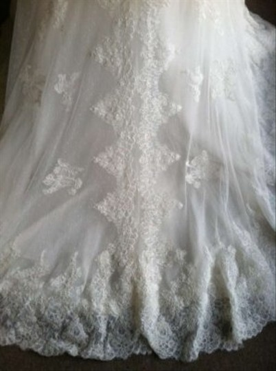 Pronovias Off White Lace Paula Vintage Wedding Dress Size 16 (XL, Plus 0x)