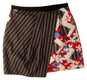 Peter Pilotto P2174 Size 10 Skirt red, black, blue, white