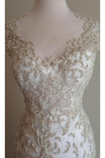Monique Lhuillier Ivory Embroidered Tulle and Chantilly Lace Adele Gown Formal Wedding Dress Size 6 (S) Image 2