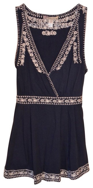 Preload https://item4.tradesy.com/images/american-rag-navy-embroidered-blue-tank-topcami-size-4-s-18148-0-0.jpg?width=400&height=650