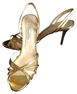 Oscar de la Renta Slingback Metallic gold Formal