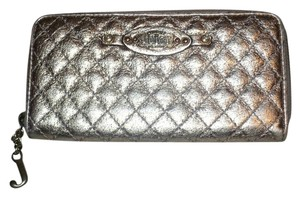 Juicy Couture Crackled Metallic Quilted Leather Clutch Wallet