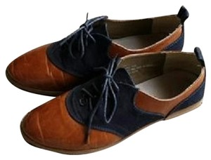Restricted Modcloth Oxford Vintage Inspired Blue and Brown Flats