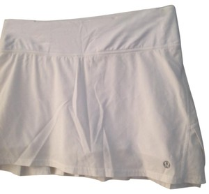 Lululemon althelic liner with skirt attached