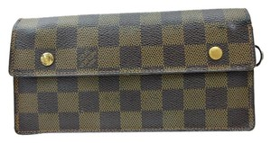 Louis Vuitton Louis Vuitton Brown Damier Long Wallet