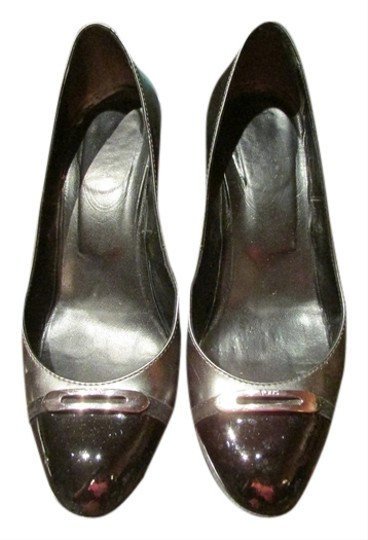 Tod's gray and pewter Pumps