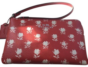 Coach Badlands Carmine Floral