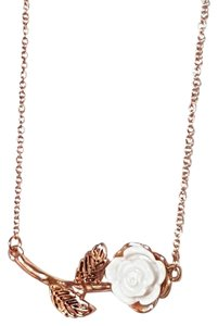 Forever 21 NWT Forever 21 White Rose Gold Necklace