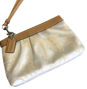 Coach Wristlet in Beige And Tan