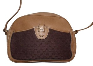 Gucci Mint Vintage High-end Bohemian Rare Style/shape Early Piece Exterior Snap Pocket Cross Body Bag