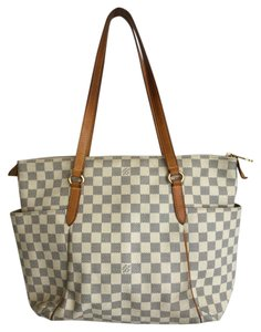 Louis Vuitton Tote in Damier azure