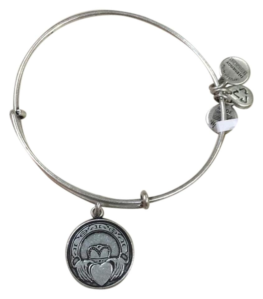 Alex And Ani Claddagh