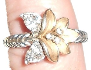 13 Diamonds 925 Sterling And Gold Filled Flower Ring.. Size 81/2 To 9