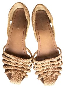 Coconuts by Matisse Natural Flats