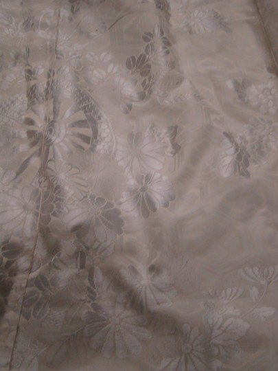 Other antique / vintage white on white 100% silk KIMONO with CRANE motif