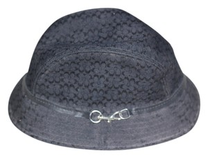 Coach Coach Black hat with a silver buckle on the side