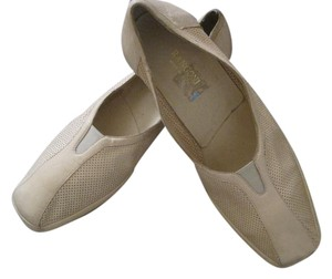 Rangoni Italian Leather Italian Perforated Leather Lightweight Ivory Flats