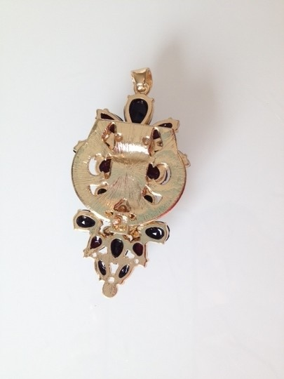 Macy's NWT Floral Pendant Image 1