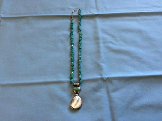 Preload https://img-static.tradesy.com/item/1817119/turquoise-and-silver-necklace-0-0-540-540.jpg
