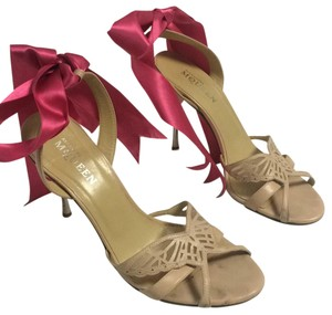 Alexander McQueen Nude/hot pink Formal