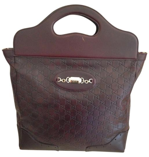 Preload https://item1.tradesy.com/images/gucci-chocolate-brown-leather-tote-1817210-0-0.jpg?width=440&height=440