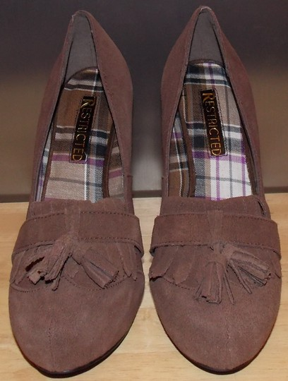 Restricted Brown Pumps