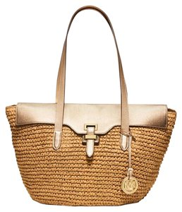 Michael Kors Woven Straw Leather New With Tags Tan Tote in Light Gold