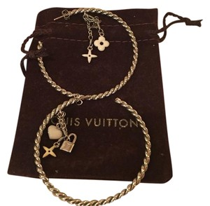 Louis Vuitton Louis Vuitton Charm hoop earrings
