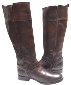 Frye Soft Vintage Leather Style 76929 Inside Zip Harness Accent Metal Hardware Dark Brown Boots