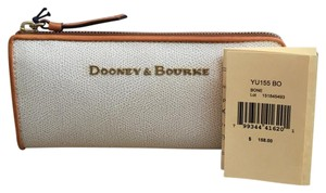 Dooney & Bourke Dooney And Bourke Claremont Style No. YU155BO