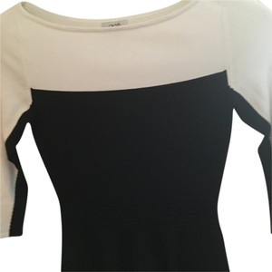 Cache Peplum Elegant Top Black-and-white