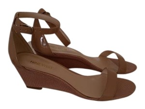 Nine West Taupe/ Nude Sandals