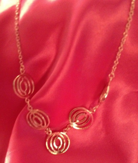 """Ann Taylor LOFT Silver Tone,"""" Circle Groups"""" Necklace, 18"""", Beautiful on!"""