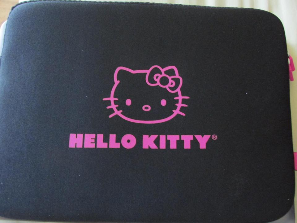 b6d74003a Loungefly Rare Hello Kitty Sleeve Case 13
