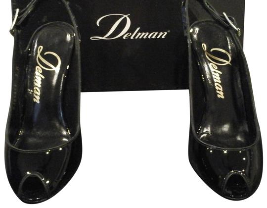 Delman black Pumps