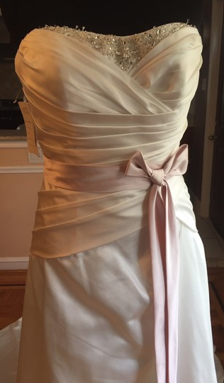 Impression Bridal Diamond White/Pink Satin 2943 Traditional Wedding Dress Size 14 (L)