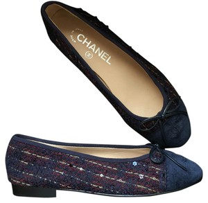 Chanel navy red Flats