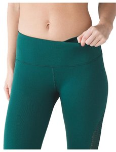 Lululemon Lululemon Yoga Enlighten Tight Contour Pant -Gator Green - LARGE