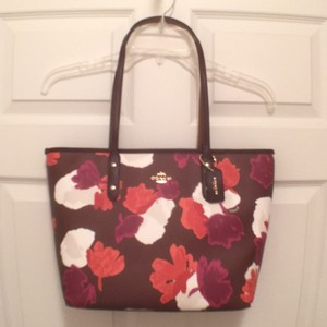 Coach Shoulder New Nwt Leather Tote in Burgundy Purple Red Orange White (Multi)