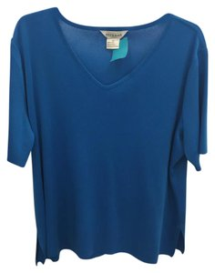 Misook V-neck Knit T Shirt Blue