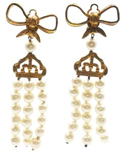 Chanel Vintage Gold Plated Gripoix Pearl Bow Clip on Earrings