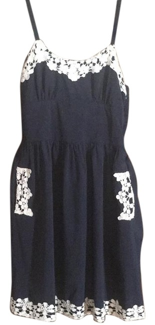 Item - Navy/Ivory Above Knee Short Casual Dress Size 6 (S)