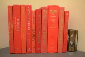 Red 1020- Vintage Style Books - Set Of 10