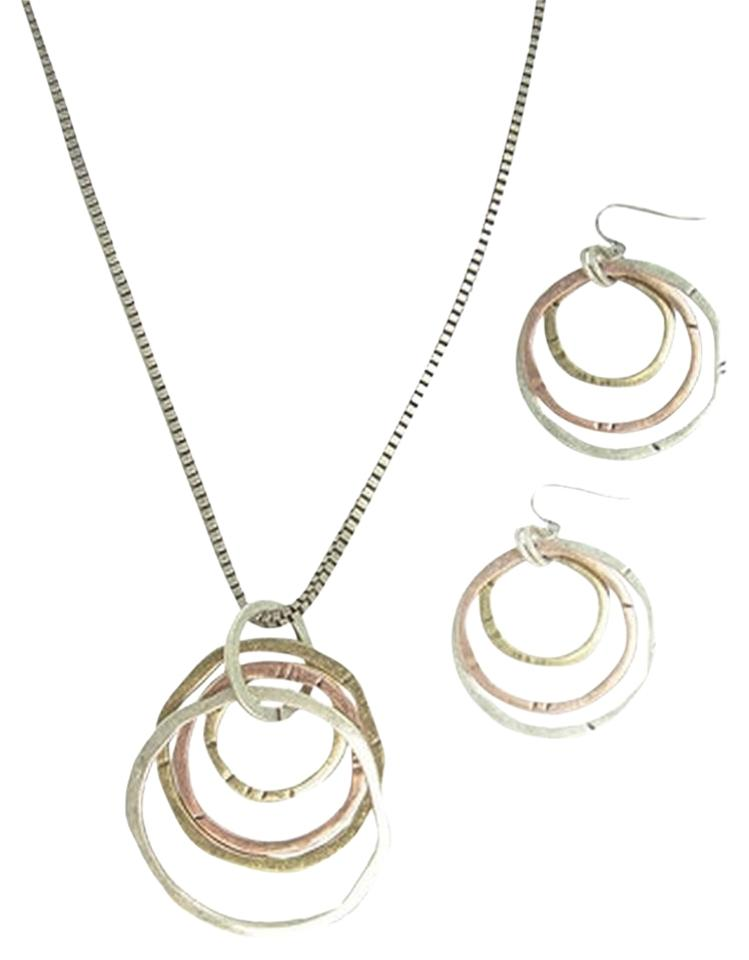 lolo by new dimensions hammered necklace and earring set