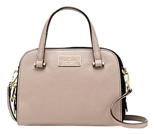 Kate Spade Satchel in warm putty / black