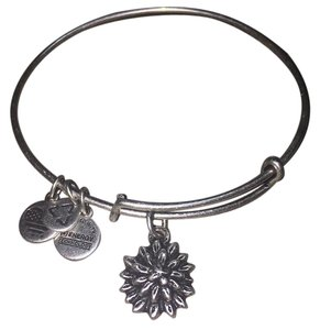Alex and Ani Sacred Garden- Water Lily, EWB, RS
