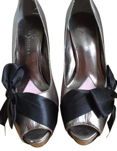 Paris Hilton Destiny Bow Platform Pewter Pumps